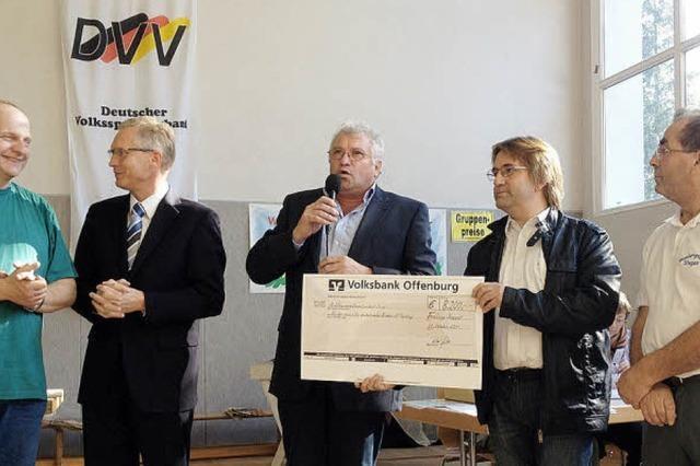 8200 EURO