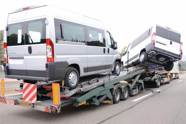 Unfall mit Sattelschlepper: 20 Kilometer langer Stau