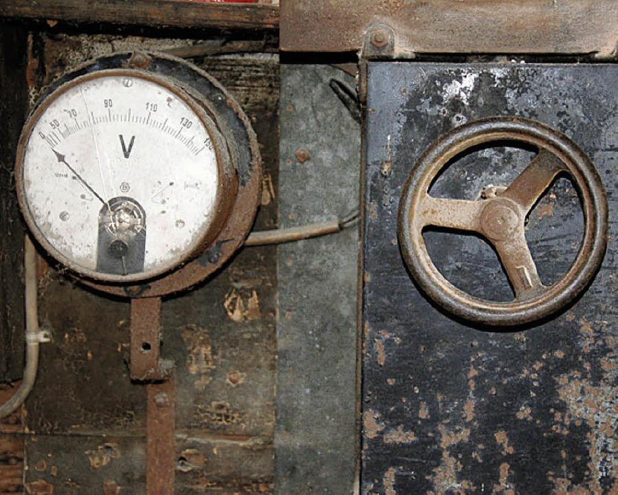 Stromzähler der alten Wasserkraftanlage.   | Foto: Jacob/Privat