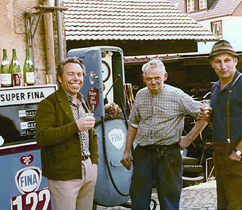 Schmied Siegfried Gerspacher (Mitte) bei einem besonderen Anlass