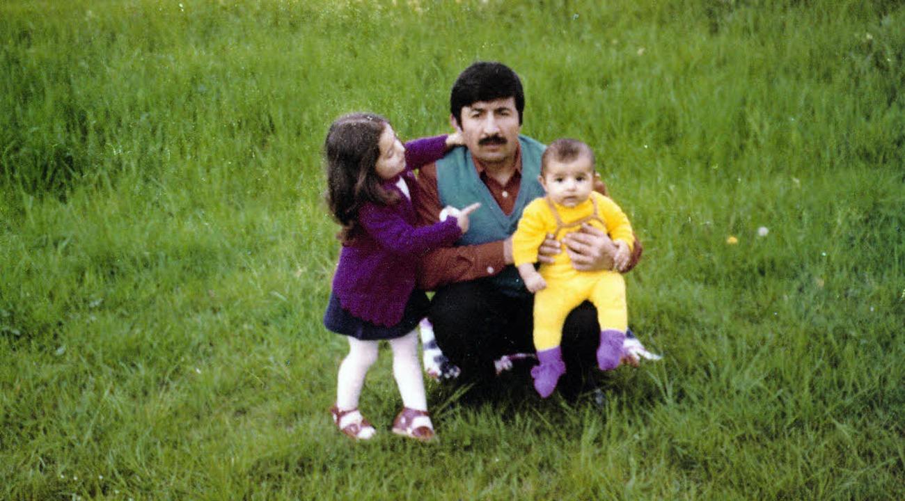 "Fatma Sagir (l.) 1977 mit Vater Ahmet ...g ""Willkommen in Almanya!"""