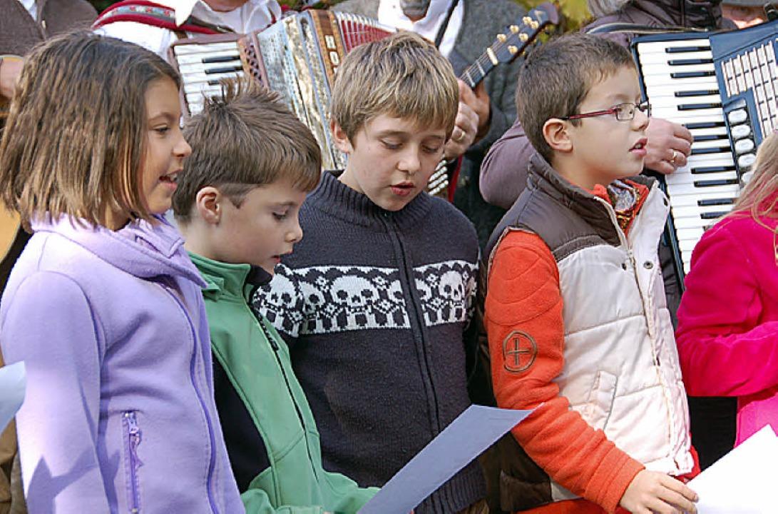 Schüler der Martin Gerbert Schule hatt...ss ein Lied gedichtet und vorgetragen.