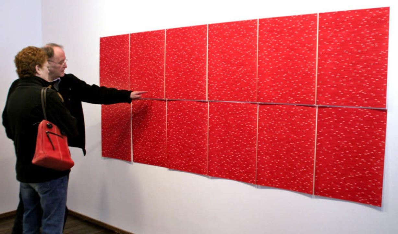 Besucher der Galerie auf Entdeckungstour  | Foto: Erika Sieberts