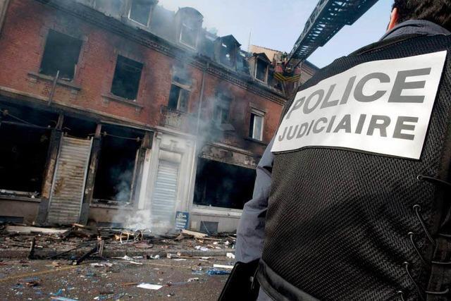 Drei Tote nach Explosion in Wohnhaus in Mulhouse