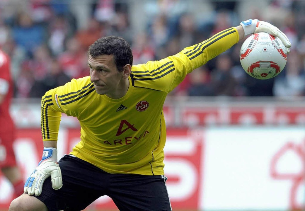 Nürnbergs Torwart Raphael Schäfer ist ... fit. Spielt er gegen den SC Freiburg?  | Foto: dpa
