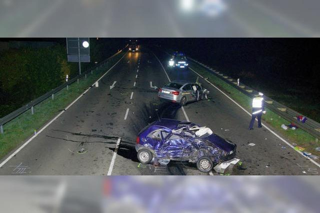 Zwei Schwerverletzte nach Unfall