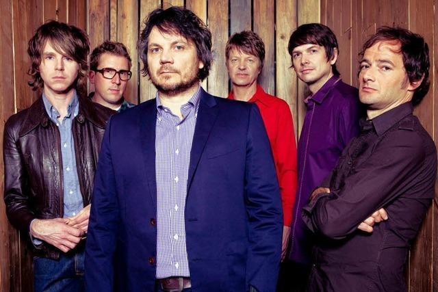 Wilco: Neues Album, Anspielungen, Verzierungen