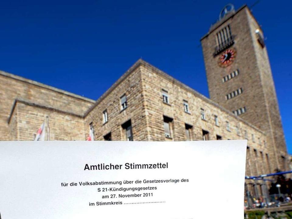 Am 27. November stimmt Baden-Württemberg über Stuttgart 21 ab.  | Foto: dpa