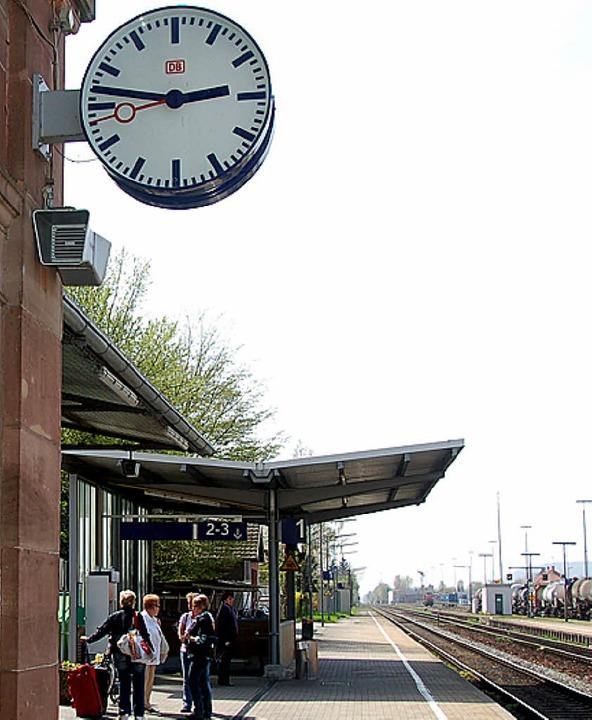 Bahnfahrer beschweren sich, dass es mi...ügen auf der Hochrheinstrecke klemmt.   | Foto: Böhm-Jacob