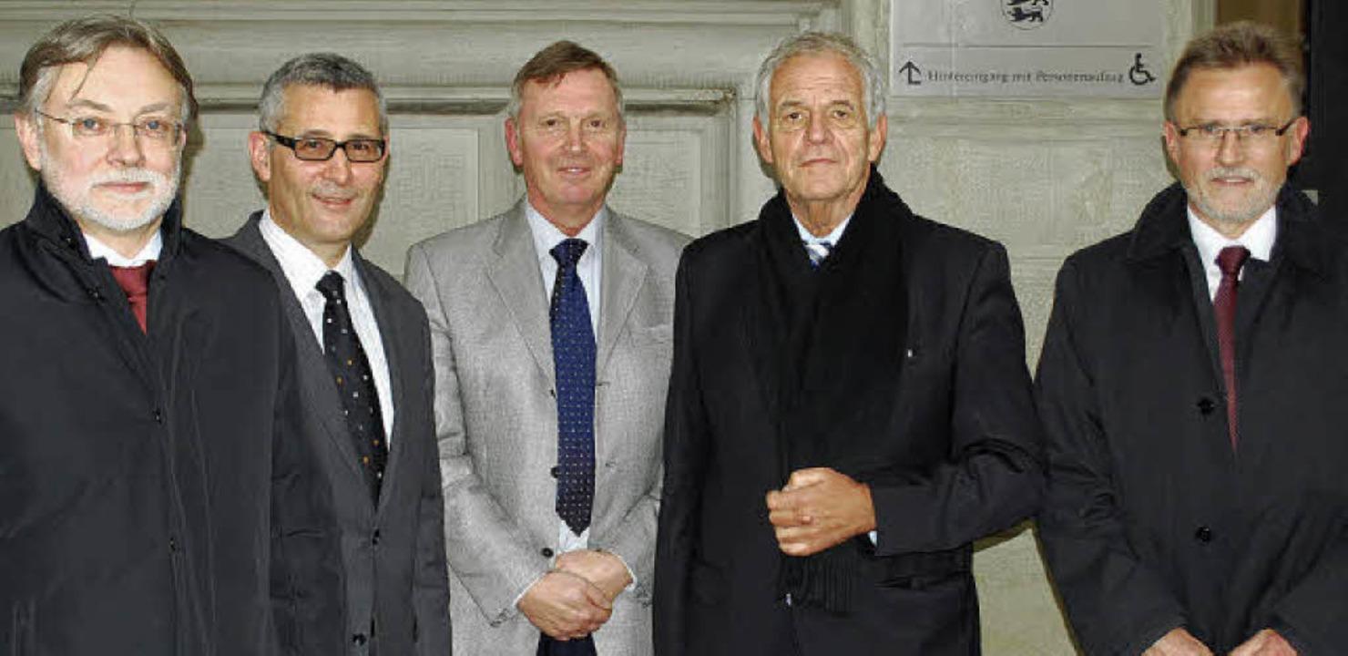 Minister im Amtsgericht  (von links): ...nd Amtsgerichtsdirektor Wolfram Lorenz  | Foto: Thomas Loisl Mink