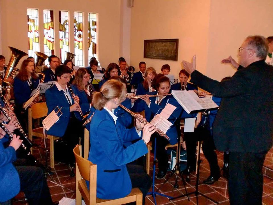 Der Musikverein Eichstetten unter Bern...staltete den Gottesdienst musikalisch.  | Foto: Manfred Frietsch