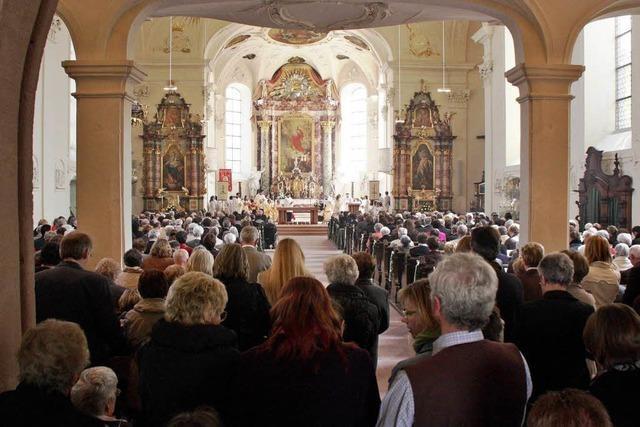 Erste Diakonenweihe am Kaiserstuhl