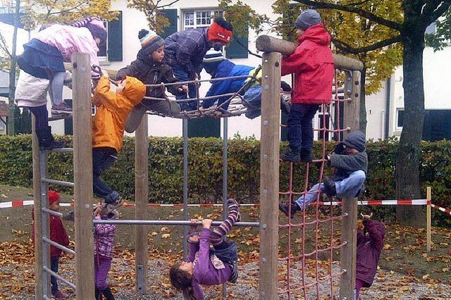 Kinder als Bauarbeiter