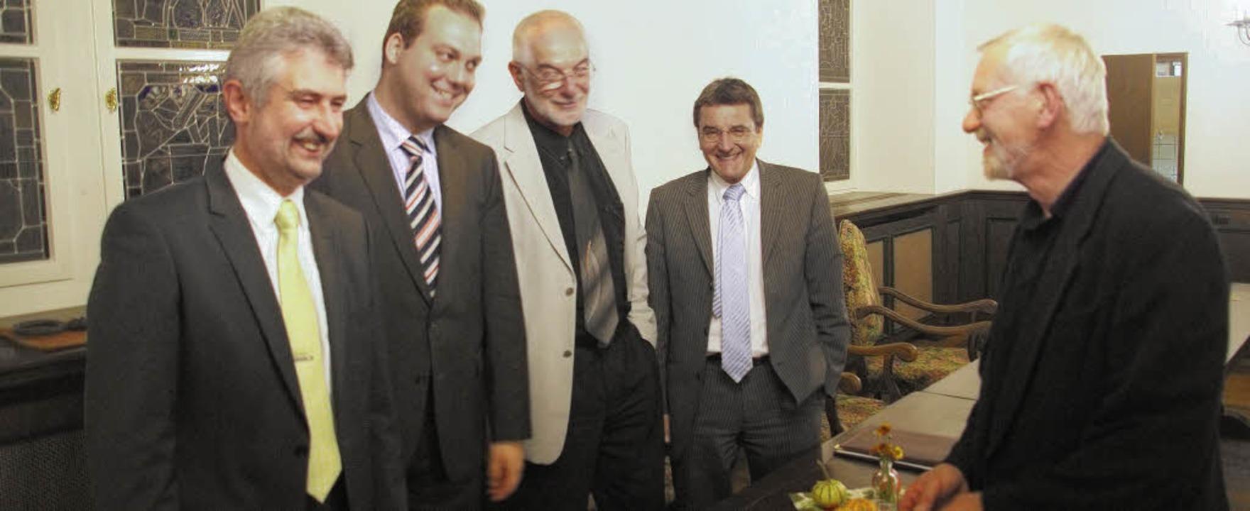 Entspannte Atmosphäre nach einer anreg...Stockmar und Paul Erhard (von links).     Foto: hrvoje miloslavic