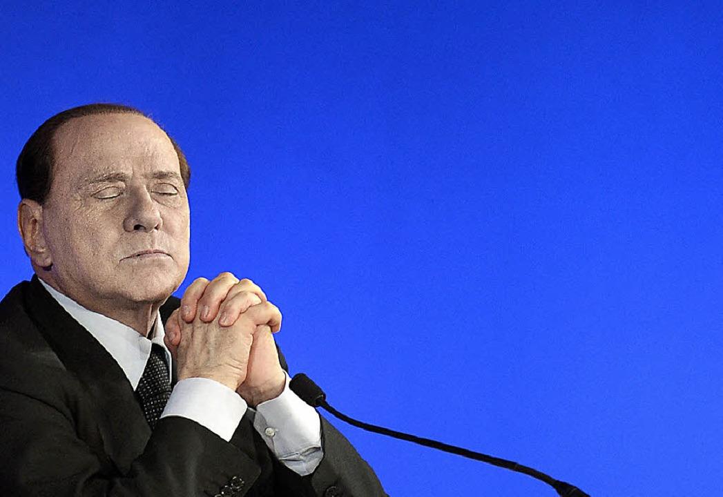 Berlusconi hat nicht mehr viele Freunde in der italienischen Politik  | Foto: DPA