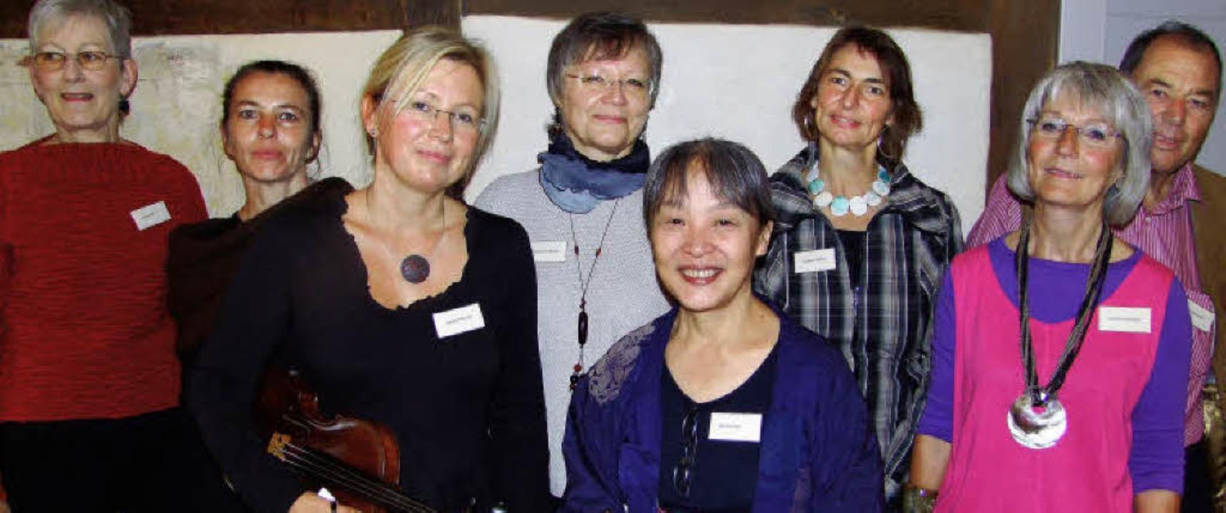 Die Montagstöpferer: Ursula Süß, Heike...Eva-Maria Burger und Wolfgang Burger.   | Foto: Fotos:M.David-Wenk