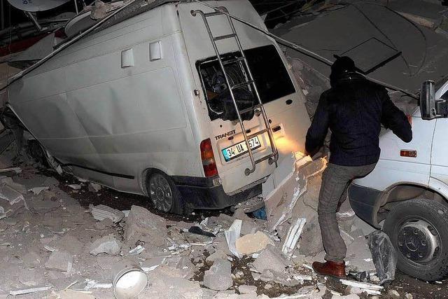 Tote und Verletzte bei neuem Erdbeben im Osten der Türkei