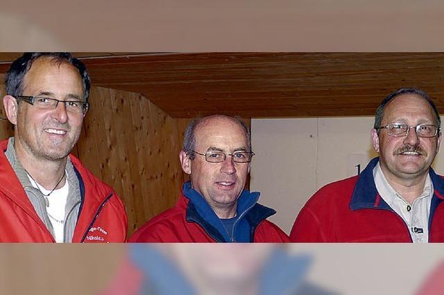 Drei Männerteams wetteifern um die Gunst