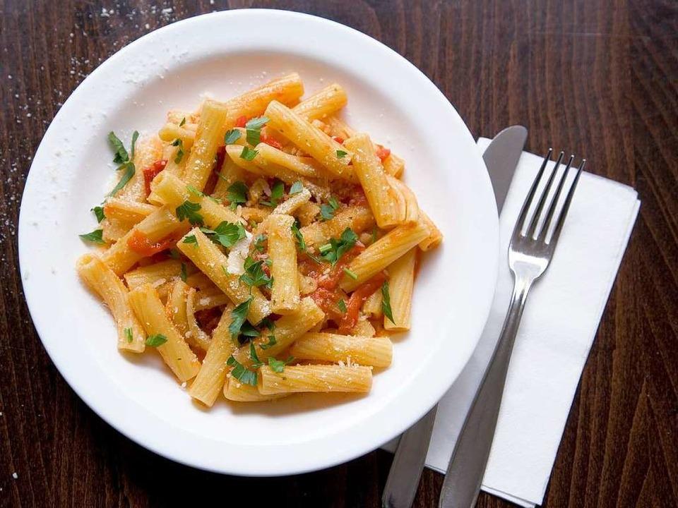 "Eine ""kleine Portion"" Tomatenpaprika mit Rigatoni  | Foto: Michael Wissing BFF"