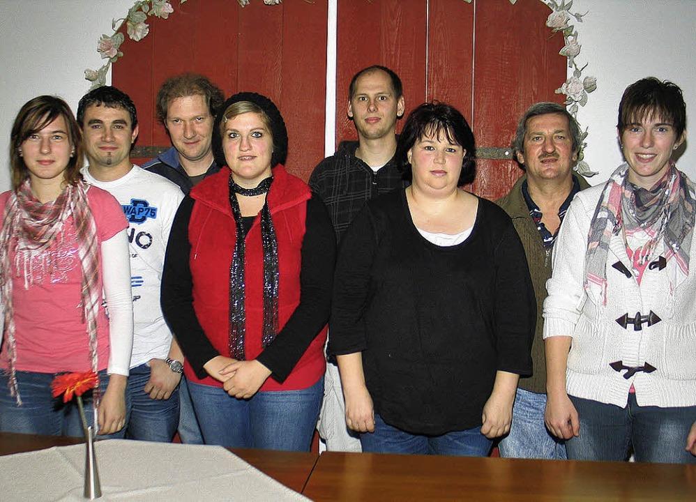 Das neue Vorstandsteam der Michaelsber...n Vorsitzenden Martina Benz (rechts).     Foto: Helmut Hassler