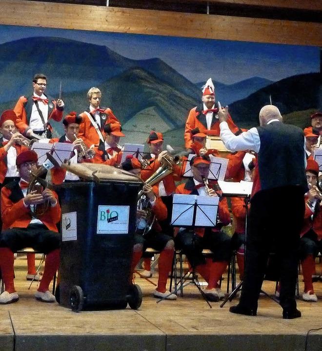 Beim Jubiläumsabend der Zunft der Belc...lchenbätschern das Jubiläumsprogramm.   | Foto: Eberhard Gross