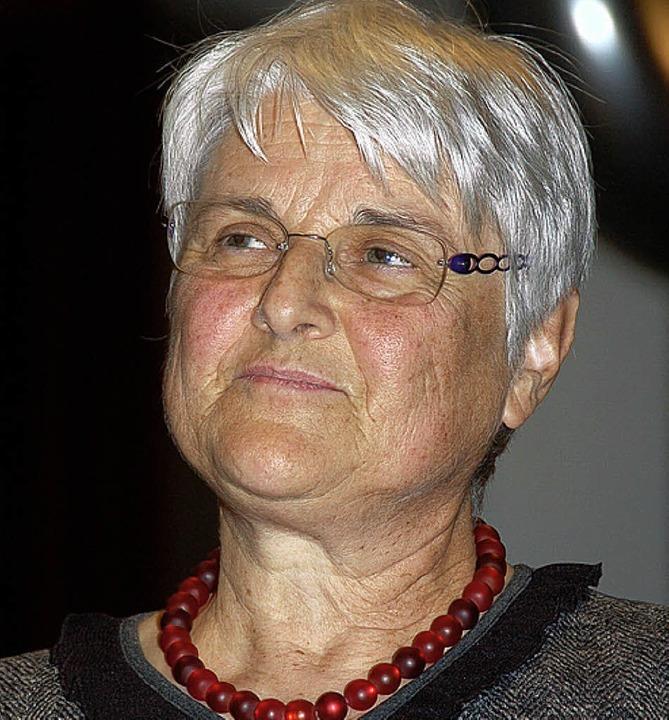 Überraschung: Das AOS ernannte Hannelo...enste um den Verein zum Ehrenmitglied.    Foto: Binner-Schwarz
