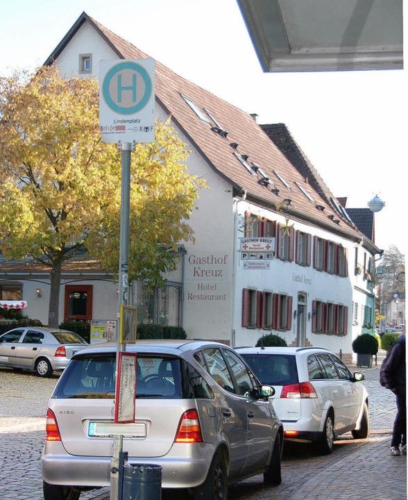 Parkplätze oder Bushaltestelle? Eine e... Hauptstraße soll Klarheit   bringen.     Foto: Heike Lemm