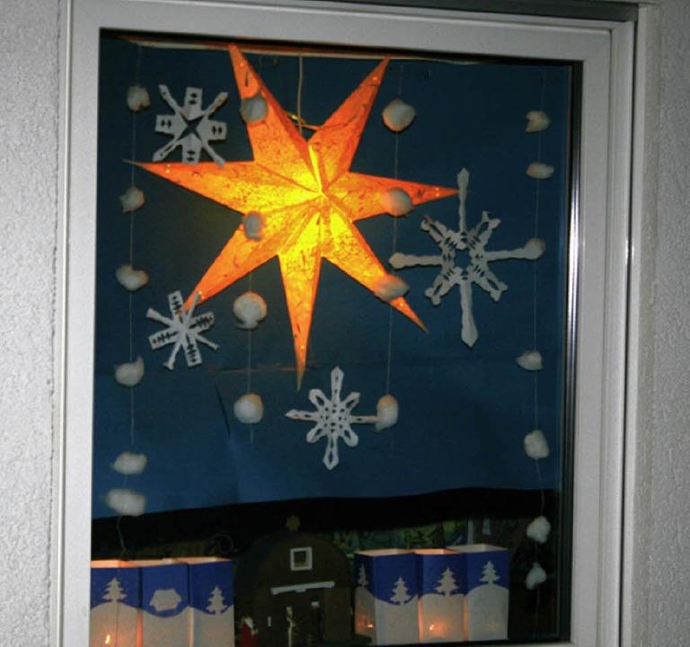 Adventlich gestaltete Fenster sollen vom 1. Dezember an in Wallbach leuchten.   | Foto: Archivfoto: Heiner Fabry