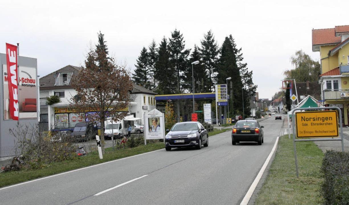 Am Ortseingang von Norsingen soll eine...ungshilfe für Fußgänger gebaut werden.    Foto: Silvia faller