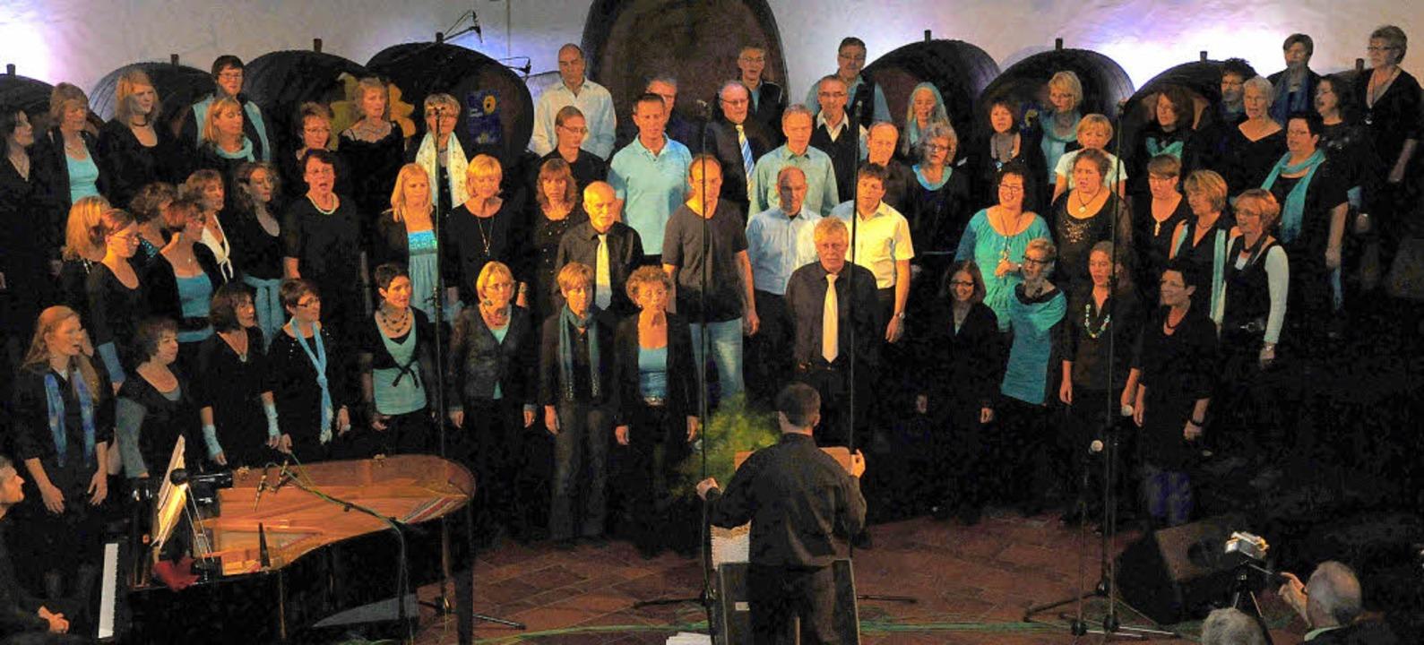 """Zweimal unterhielt """"Chor'n... Badischen Winzerkellers in Breisach.     Foto: Kai Kricheldorff"""