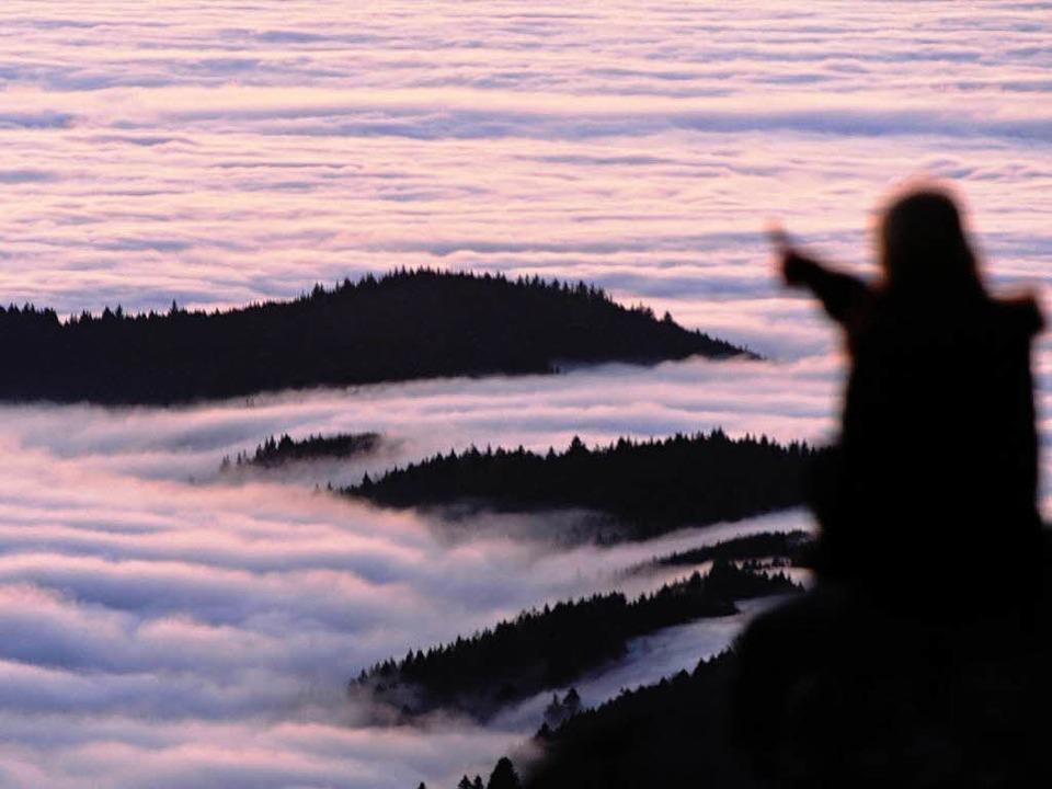 Deutschland, ein Nebelmärchen: Auf dem Schauinsland...  | Foto: dpa