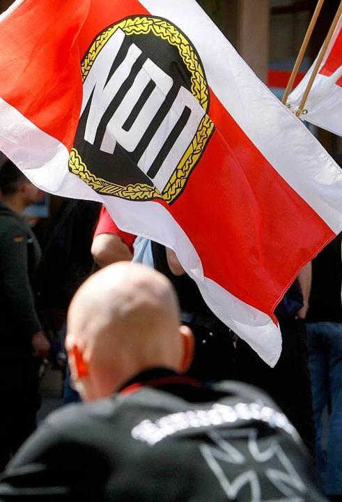 Demonstrationen, Konzerte, Schmiererei...Baden-Württemberg immer öfter Flagge.     Foto: dapd