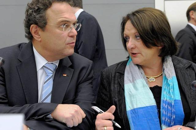 Gipfel in Berlin: Ideen für den Kampf gegen Rechts