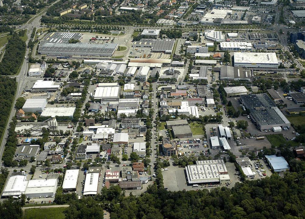 Das Luftbild zeigt einen Teil des Gewe... links liegt das VAG-Betriebsgelände.   | Foto: Sasse