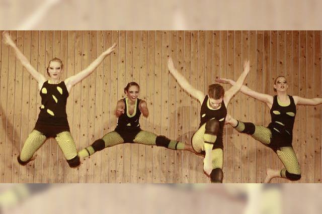 Tanz, Akrobatik, Neonlicht