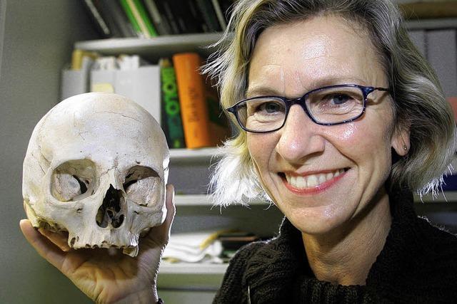 Herero-Schädel: Anthropologin hilft Uni Freiburg bei Inventur eines düsteren Erbes