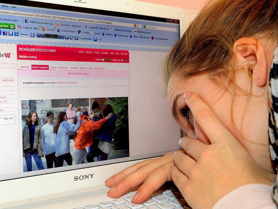 Peinliche Fotos im Internet oder Gewal...MS: Cybermobbing hat stark zugenommen.  | Foto: Thomas Kunz