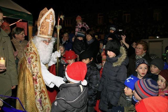 Hefekuchen und Nikolaus-Grüße