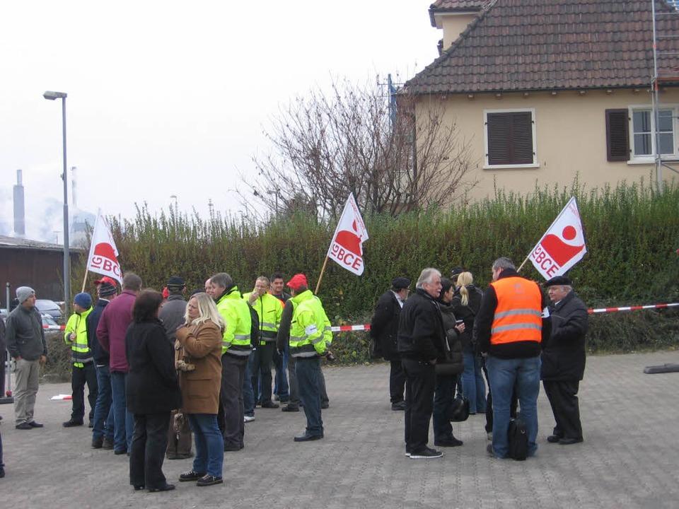 Der Protest gegen die Schließung der t...hen Fabrik war anscheinend vergeblich.    Foto: Stefan Sahli