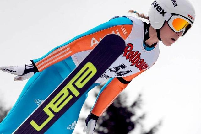 Premiere: Die Skisprung-Frauen haben ihren Weltcup