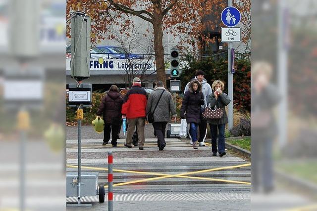 Eine Ampel regelt nun den Fußgängerstrom