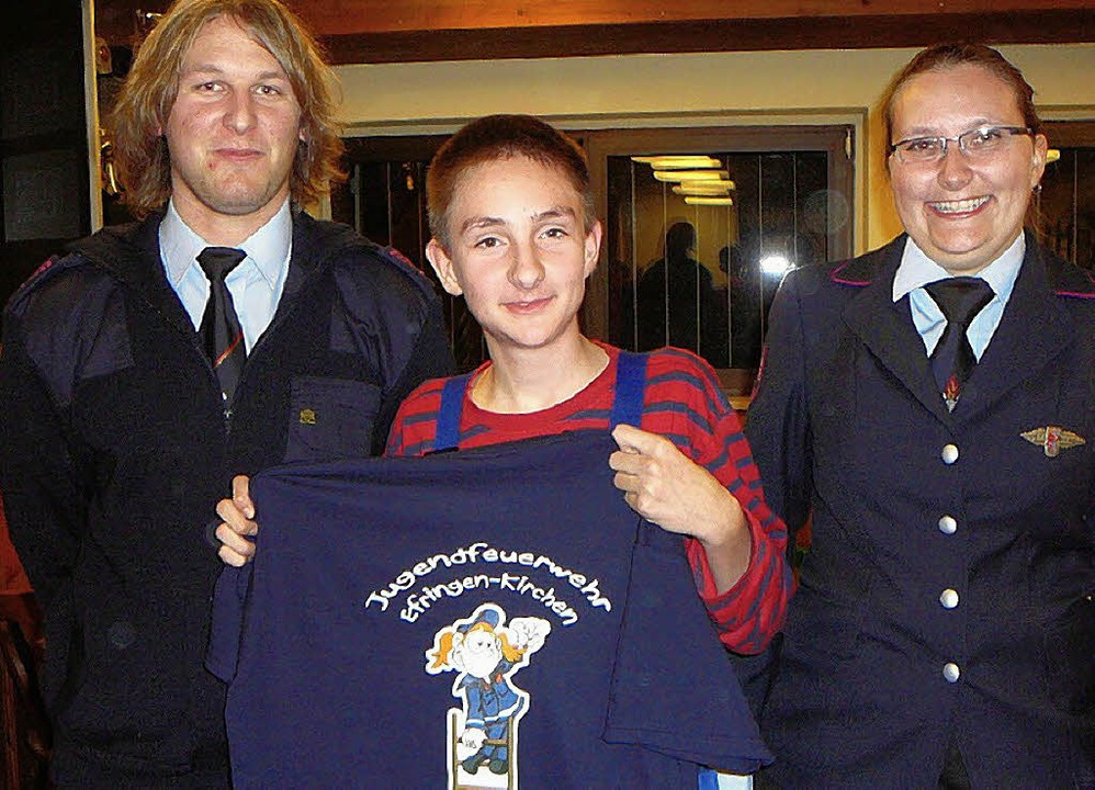 Manuel Blaßdörfer (links) löste Melani...retenden Jugendsprechers Beat Köster.   | Foto: Rolf Mück