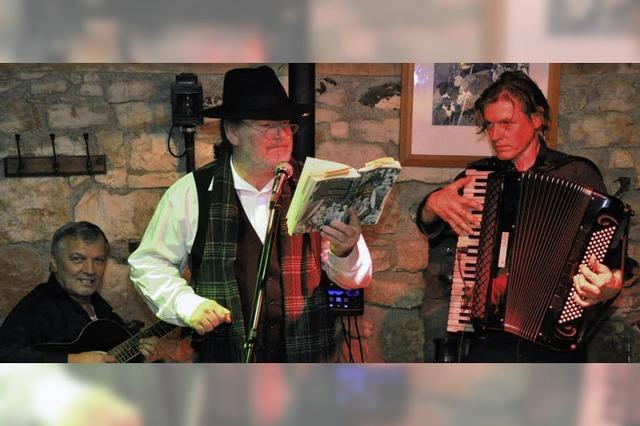 Musik aus aller Welt und Geschichten aus Düllenbach