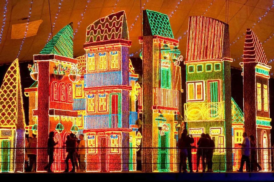 Weihnachtsdeko Globus.Fotos Weihnachtsdeko Aus Aller Welt Panorama Fotogalerien