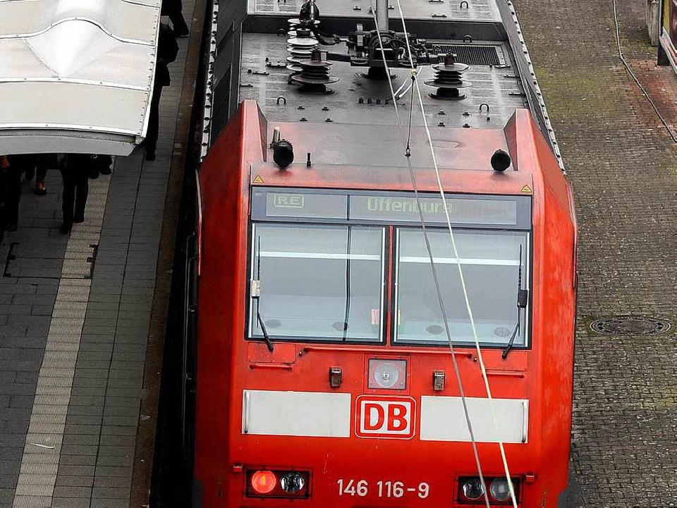 Mehr Platz für Pendler will die Bahn s...auf fünf Doppelstockwagen vergrößert.   | Foto: ingo schneider