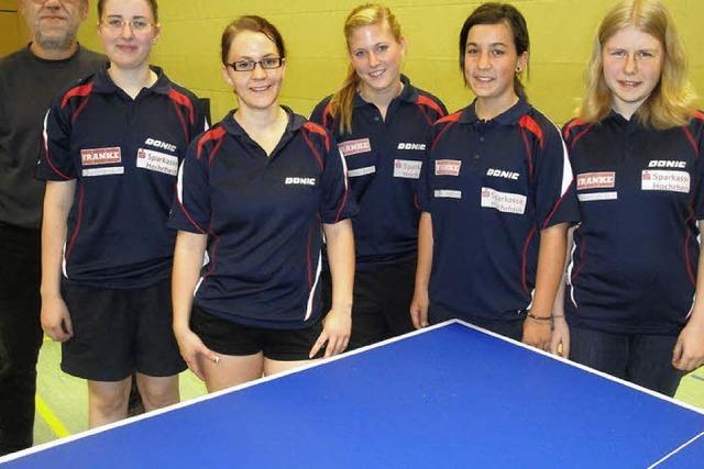 Frauenpower an der Tischtennisplatte
