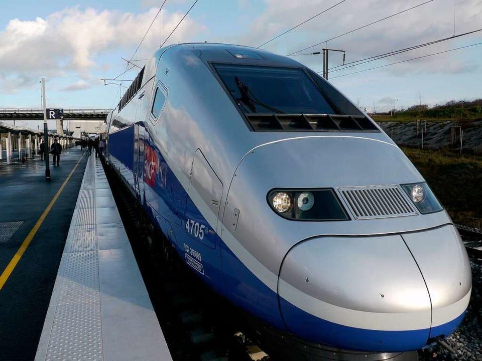 TGV im neuen Bahnhof in Belfort  | Foto: Joachim Röderer