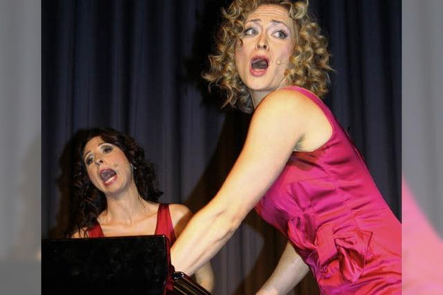 Königinnen am Klavier – mit Sexappeal und einem Augenzwinkern