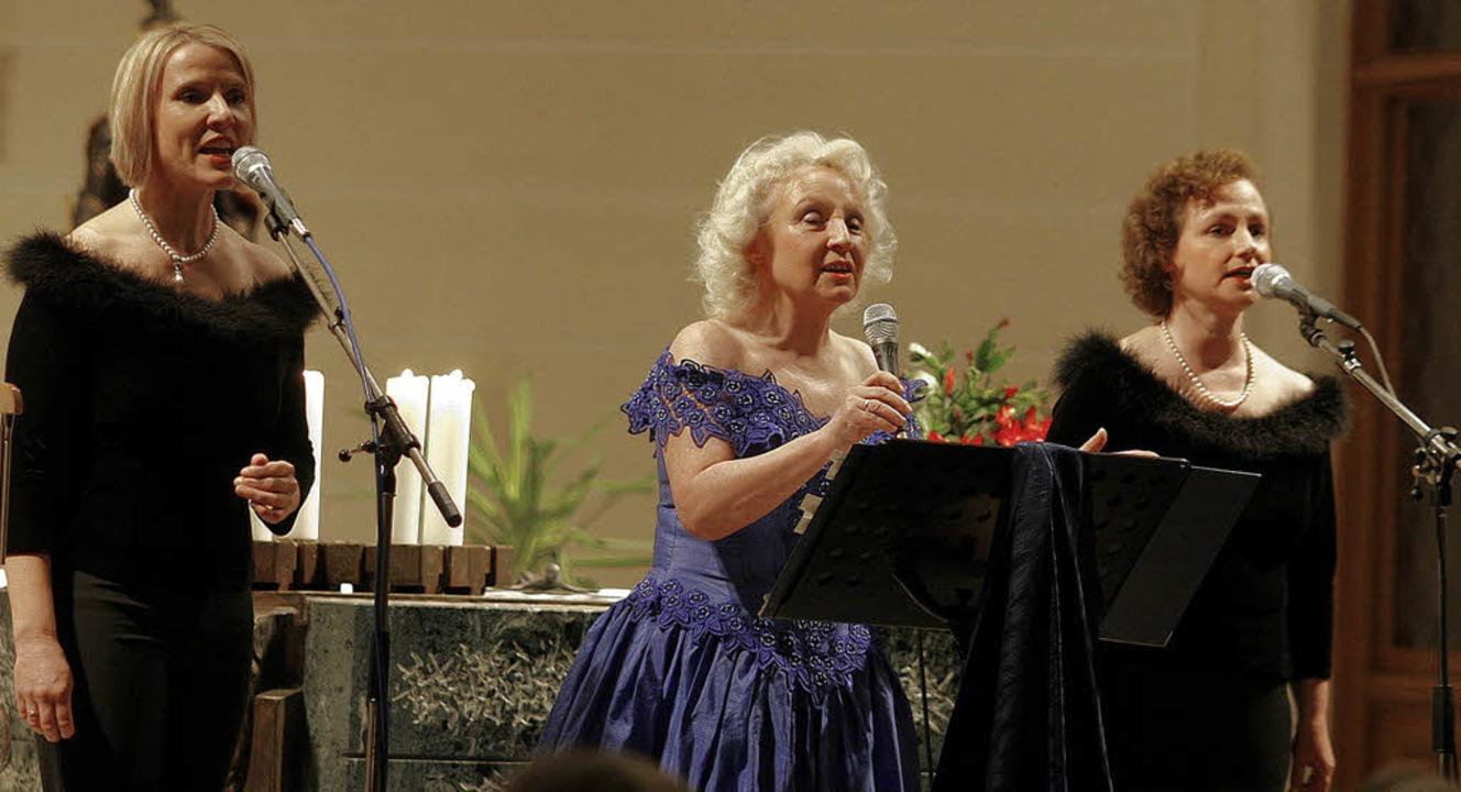 Die drei Sängerinnen der Schwarzwaldfa...tz bei ihrem Konzert in Heiligenzell.   | Foto: Heidi Fössel