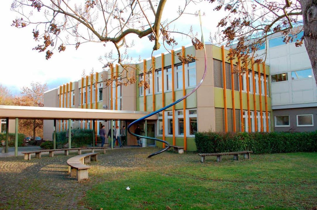 Die Breisacher Gewerbeschule wird um ein Technisches Gymnasium erweitert.  | Foto: Gerold Zink
